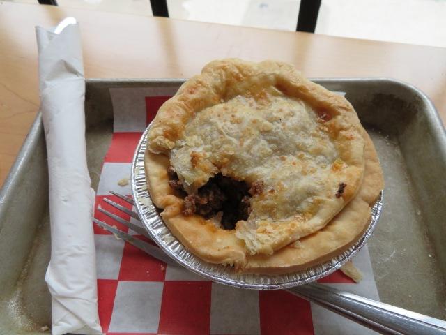 meat pie at kookaburra
